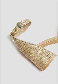 PULL&BEAR - High heeled sandals - light brown - 4