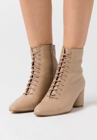 Zign - Lace-up ankle boots - sand - 0