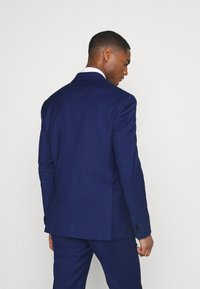 Tommy Hilfiger Tailored - FLEX STRIPE SLIM FIT SUIT SET - Oblek - blue