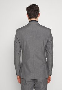 Isaac Dewhirst - RECYCLED MID TEXTURE - Oblek - grey - 3