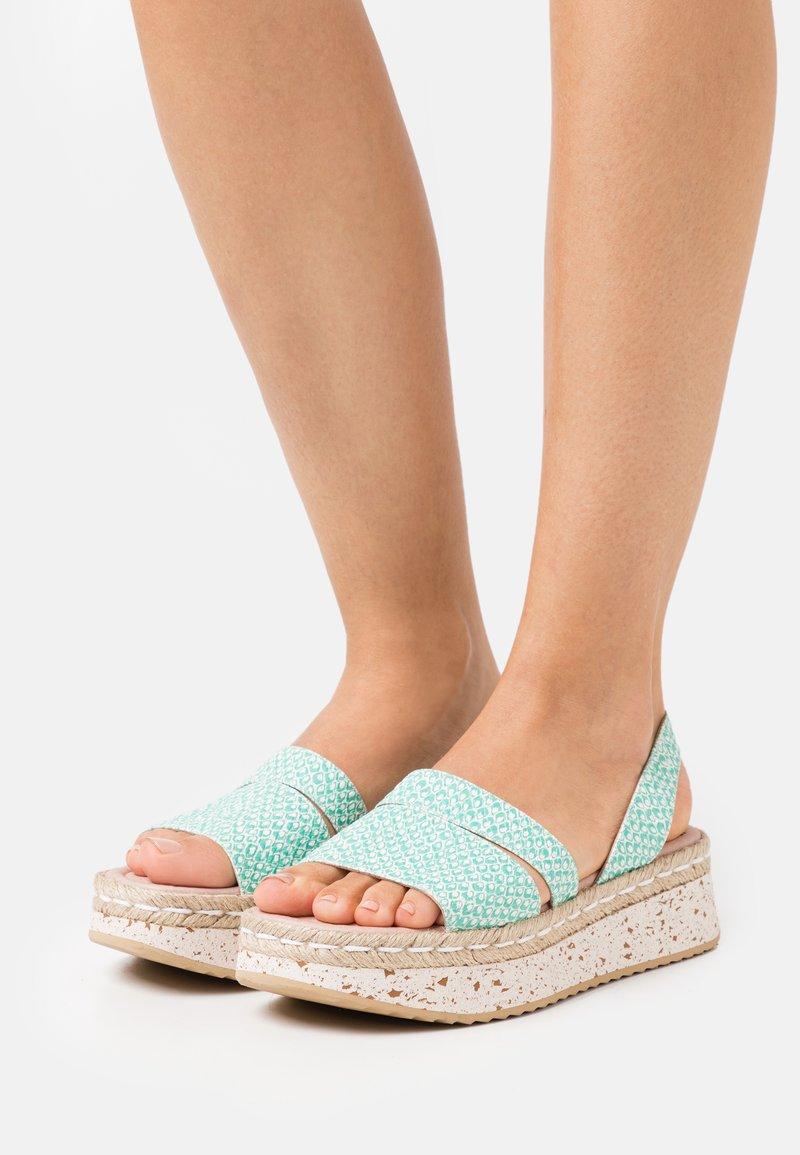 Wonders Green - Platform sandals - coralus bermuda