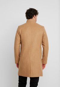 TOM TAILOR DENIM - Classic coat - hay beige/brown - 2