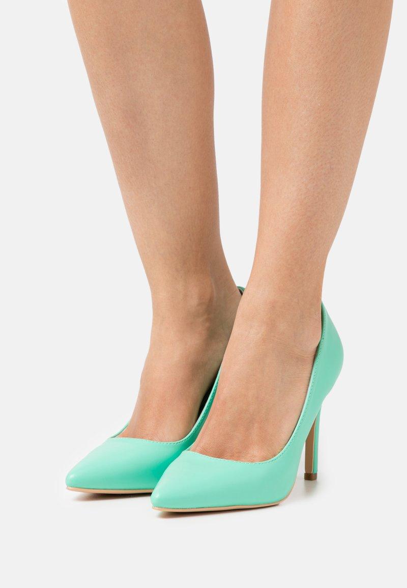 Glamorous - Klasické lodičky - mint green