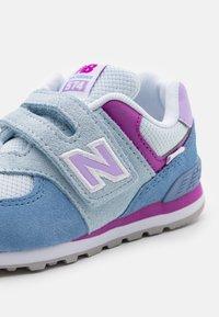 New Balance - IV574SL2 - Sneakers laag - blue - 5