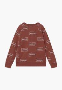 Turtledove - LEGEND - Sweatshirt - brick - 1