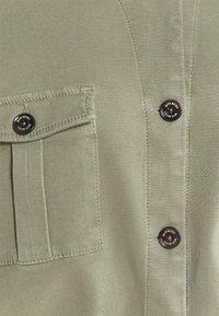 Mos Mosh - QUINN FLOW JACKET - Summer jacket - soft moss - 2