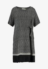 Masai - NATA DRESS - Kjole - black - 4