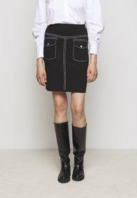 Steffen Schraut - POCKET SKIRT SPECIAL - Pencil skirt - black - 0