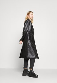 4th & Reckless - LANCER - Trenchcoat - black - 3