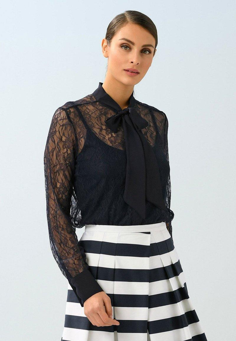 Alba Moda - Button-down blouse - marineblau