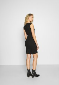 Guess - YSABEL DRESS - Jersey dress - jet black
