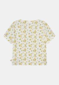Marks & Spencer London - WRAP - T-shirt print - white - 1