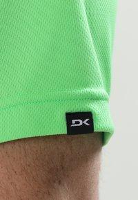 Dakine - RAIL - T-shirt print - summer green - 7