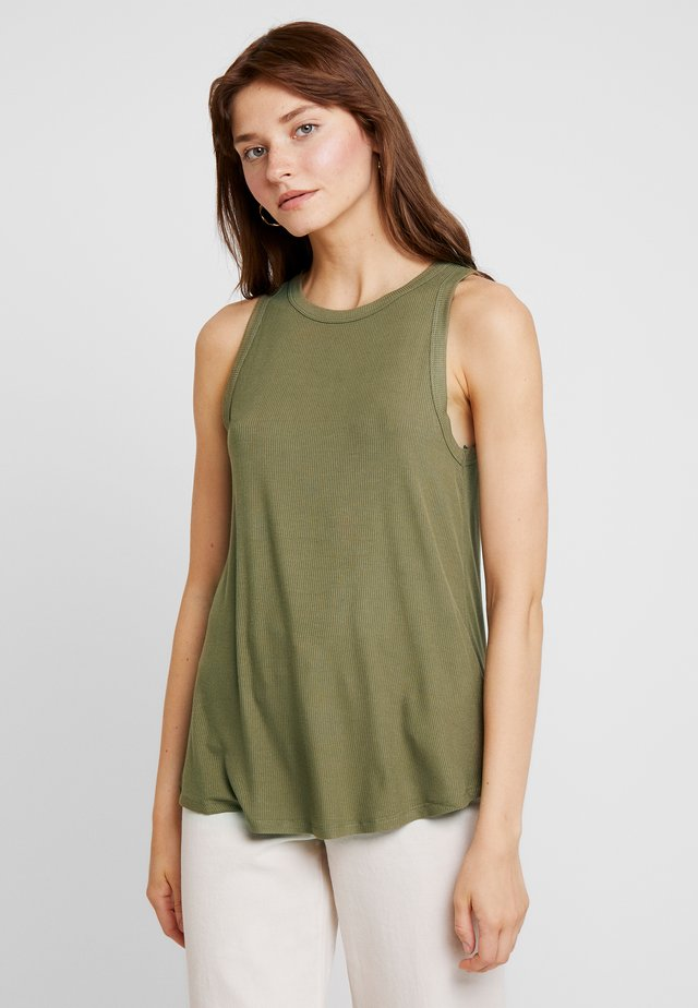 THE GIRLFRIEND TANK - Top - light olive