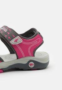 KangaROOS - K-BLONDE - Walking sandals - steel grey/fandango pink - 5