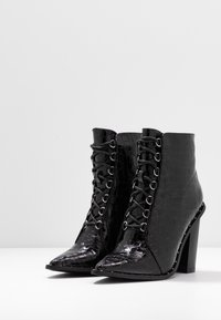 Missguided - STUDDED CROC LACE UP  - High heeled ankle boots - black - 4