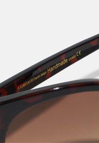 A.Kjærbede - Sluneční brýle - brown - 2