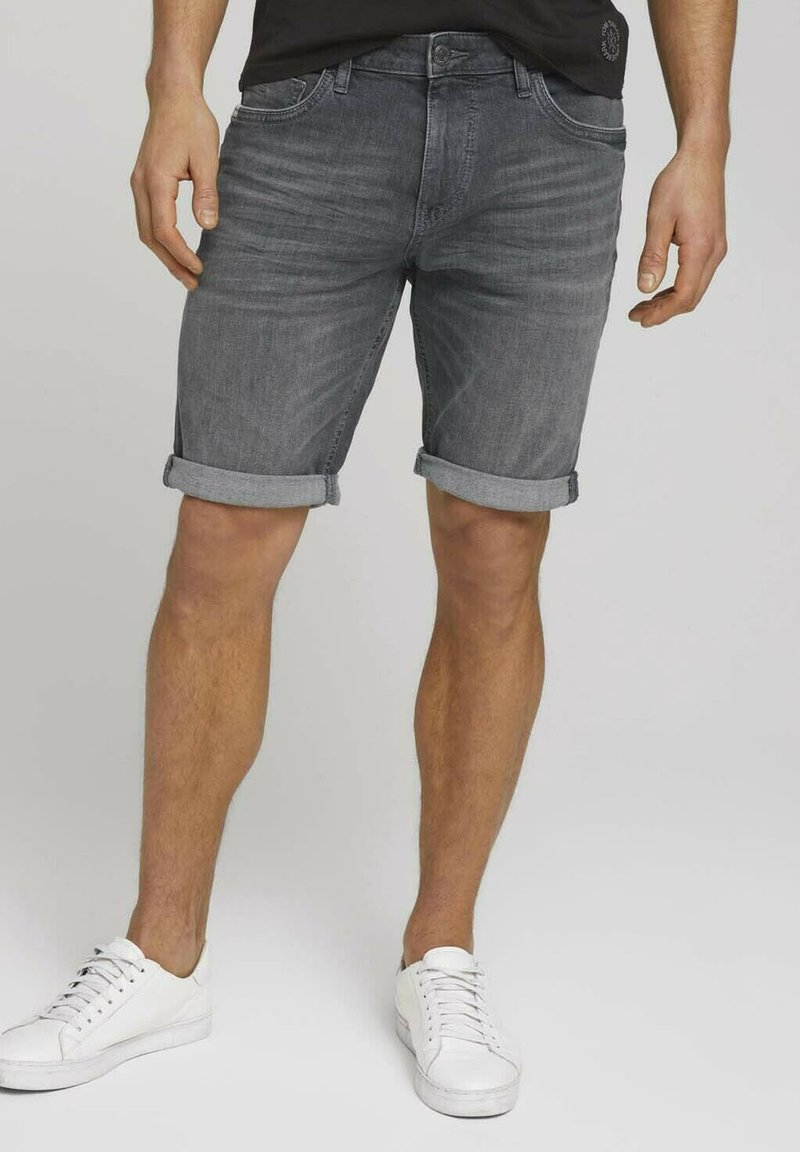 TOM TAILOR - Jeansshorts - clean mid stone grey denim