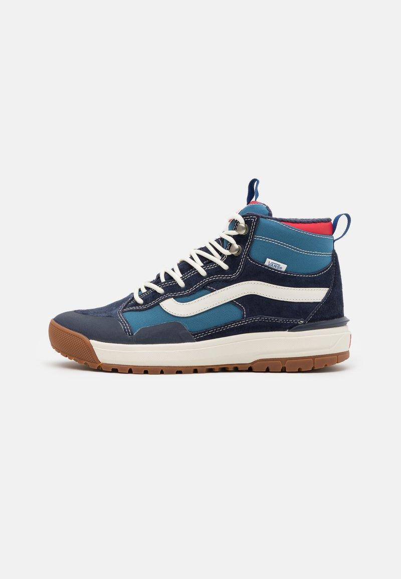 Vans - ULTRARANGE EXO MTE UNISEX - Skate shoes - navy