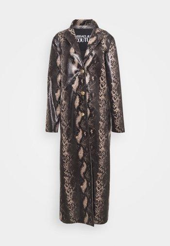 Classic coat - camoscio