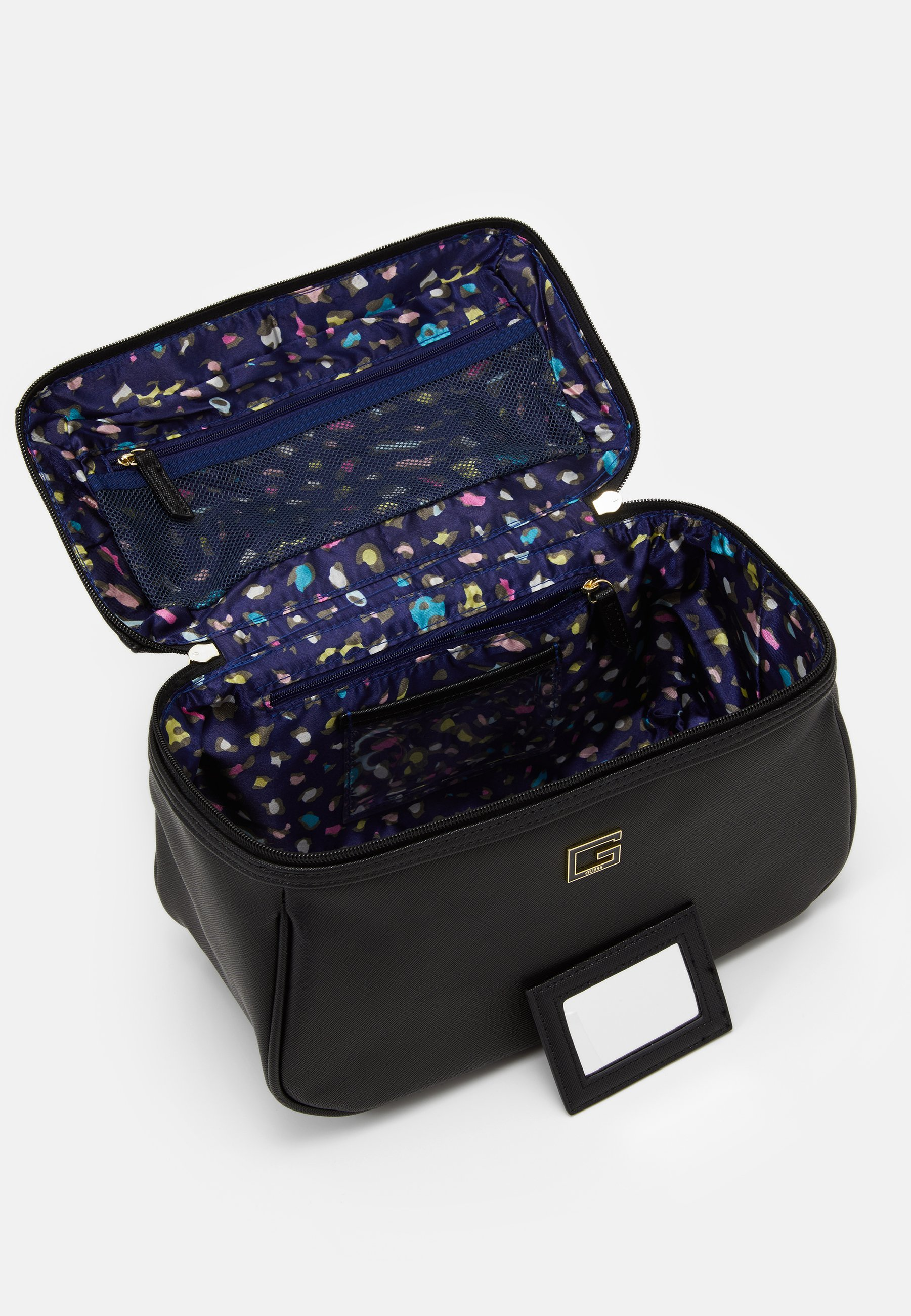 100% Guaranteed Wholesale Quality Accessories Guess NOHEA LARGE BEAUTY Wash bag black QoWvgfsay OaD7uSrST