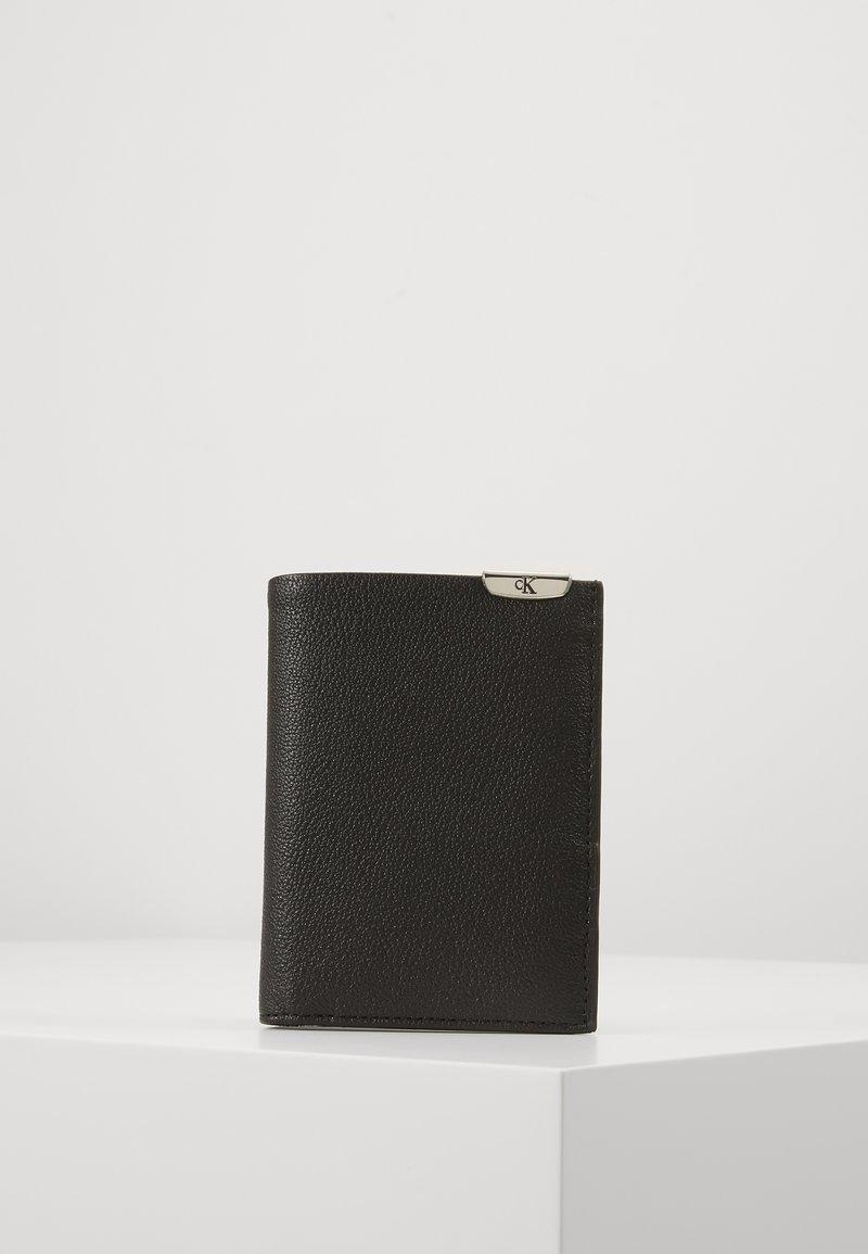 Calvin Klein Jeans - BILLFOLD - Lompakko - black