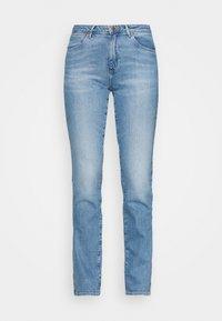 Wrangler - Straight leg jeans - sunkiss - 3