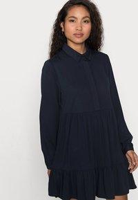 VILA PETITE - VIMOROSE SHIRT DRESS - Vestido camisero - navy blazer - 3