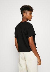 Miss Selfridge - TEE 2 PACK - T-shirts - black/white - 3