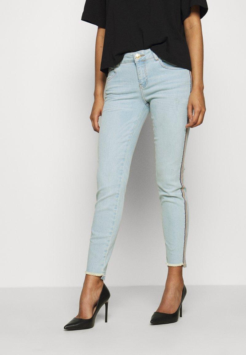 Mos Mosh - SUMNER FRAME - Slim fit jeans - light blue