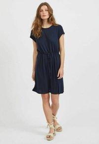 Vila - VIMOONEY STRING - Jersey dress - navy blazer - 1