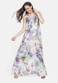 Seraphine - Maxi dress - floral - 1