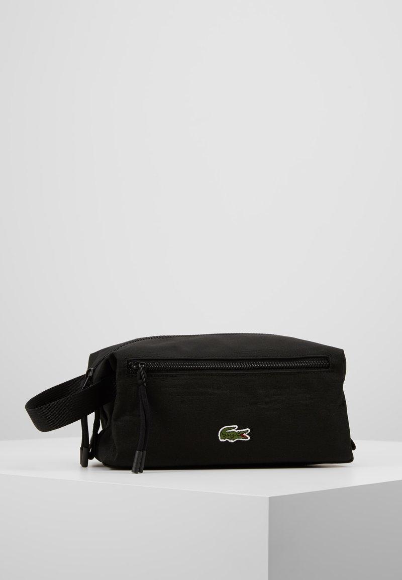 Lacoste - TOILET KIT - Kosmetická taška - black