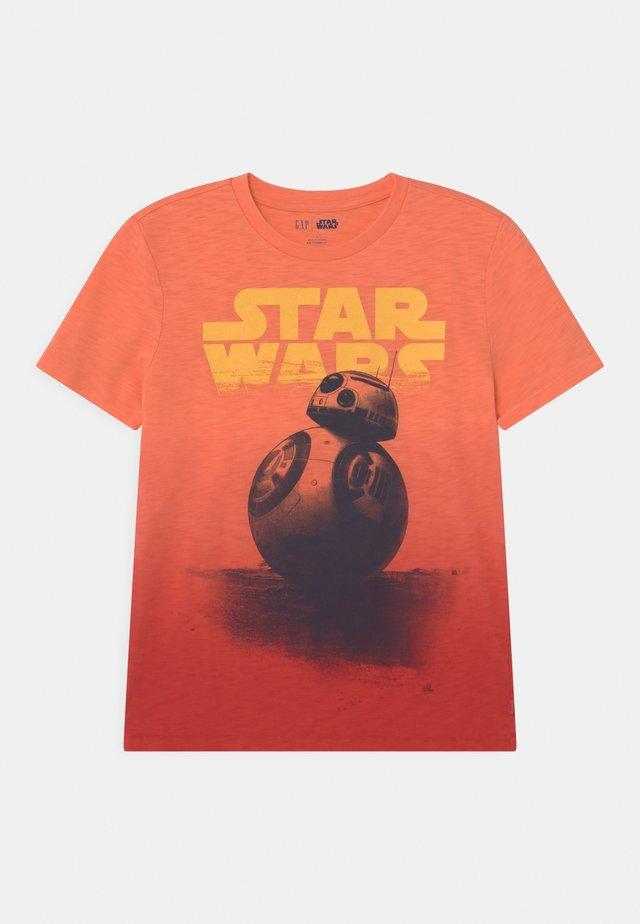 BOY STAR WARS - Print T-shirt - neon orange bolt