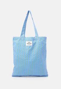 Mads Nørgaard - SOFT ATOMA - Tote bag - blue/white - 0