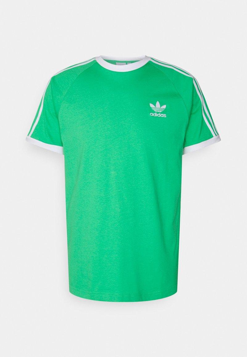 adidas Originals - STRIPES TEE - Printtipaita - semi screaming green