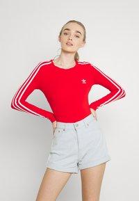 adidas Originals - ORIGINALS ADICOLOR BODYWEAR SUIT FITTED - Long sleeved top - red - 0