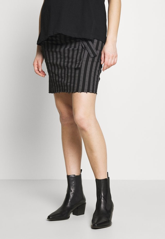 SKIRT STRIPED - Spódnica jeansowa - black