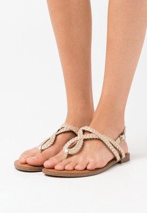ARIAA - Sandály s odděleným palcem - gold