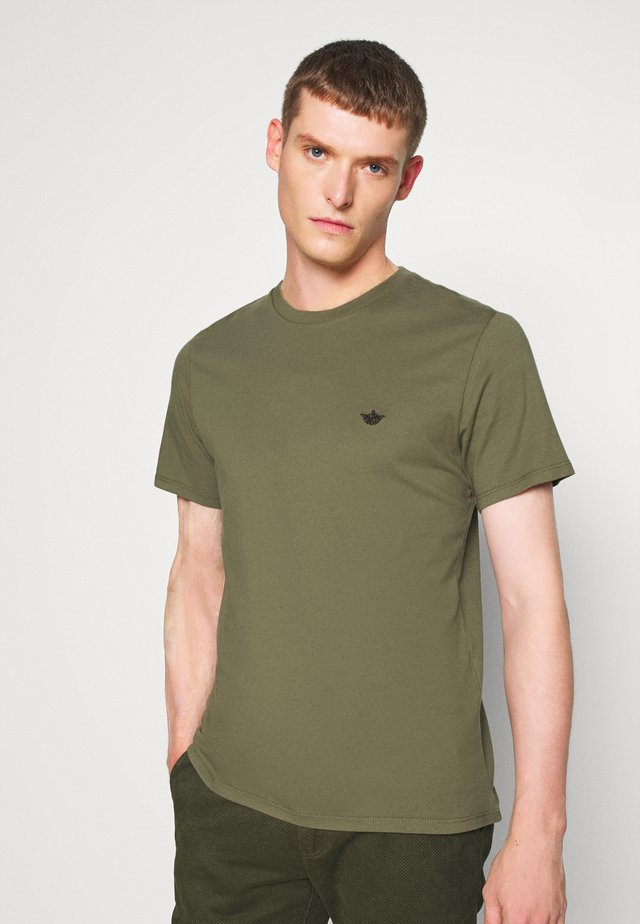 PACIFIC CREW TEE - T-shirts basic - camo