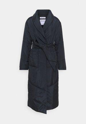 PUFFER DRESSING ROBE - Abrigo clásico - black
