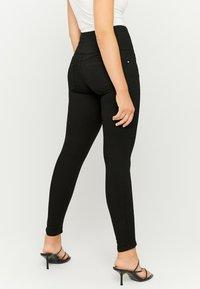 TALLY WEiJL - Jeansy Skinny Fit - black - 2