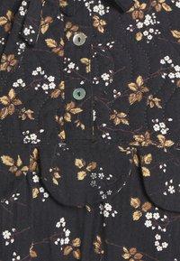 Stella Nova - LOAN - Długa sukienka - black - 8