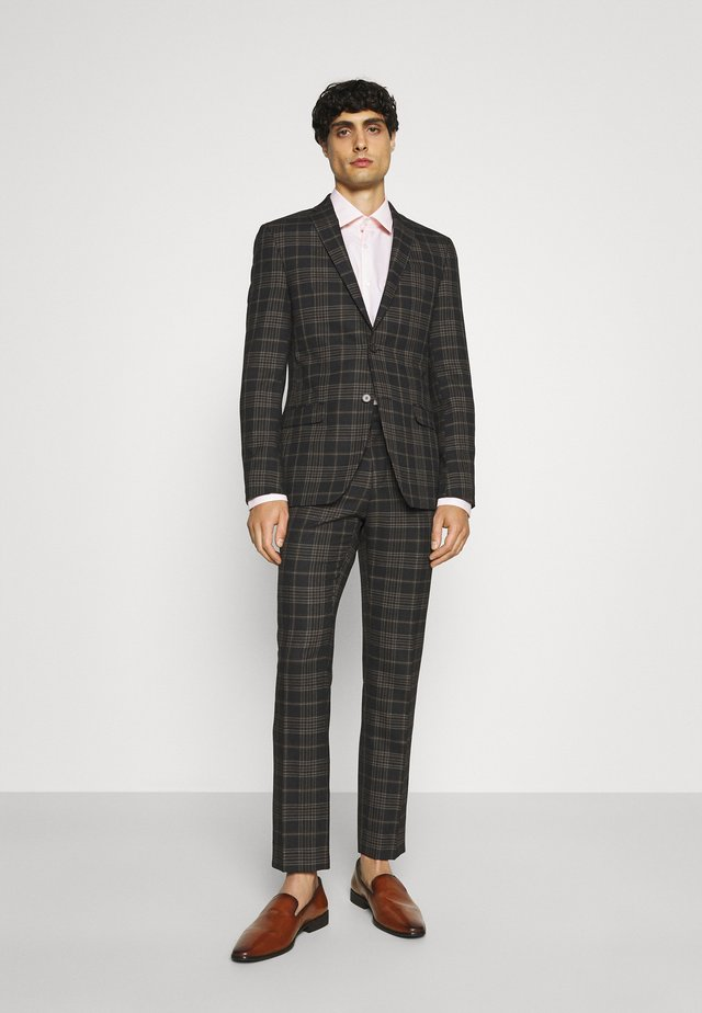 Suit - brown
