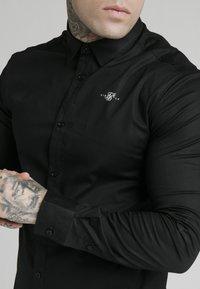 SIKSILK - STANDARD COLLAR SHIRT - Camisa elegante - black - 5