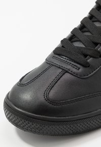 Versace Jeans Couture - Trainers - black