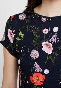 Ted Baker - JINENE - Print T-shirt - navy - 5