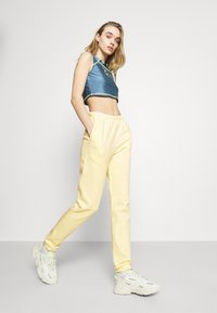 Nly by Nelly - COZY PANTS - Tracksuit bottoms - yellow - 3