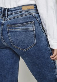 TOM TAILOR DENIM - JONA - Jeans Skinny Fit - used mid stone blue denim - 5