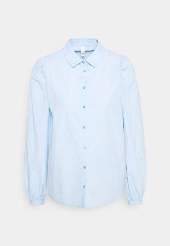 SC-NETTI 1 - Button-down blouse - powder blue